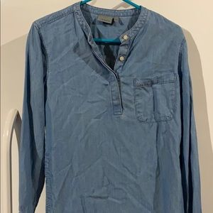 Athleta chambray shirt